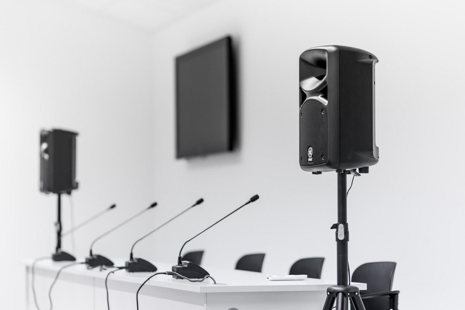 Konferenciarendszer a Nagyerdei Stadionban