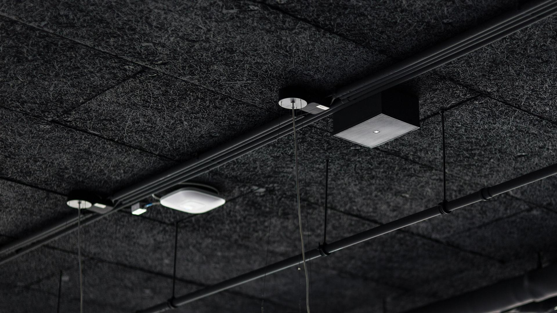 A Groupama Aréna beépített hangszórói