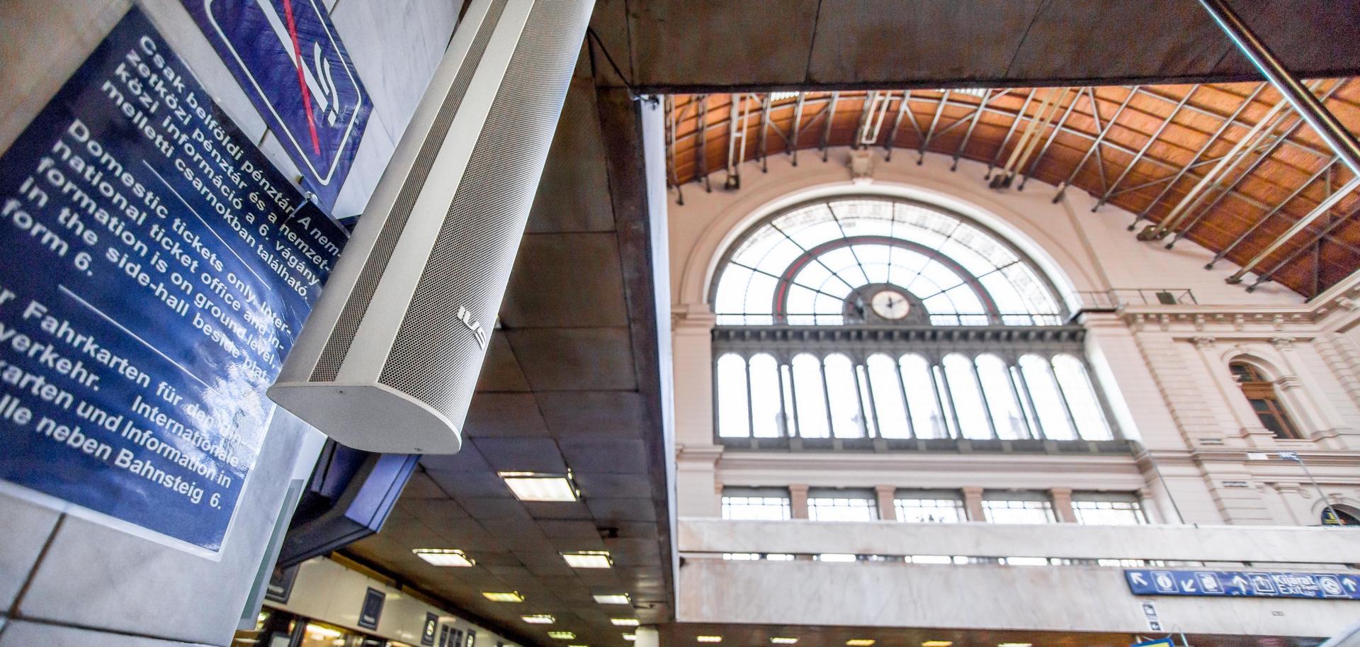 A Keleti Pályaudvaron telepített IVS hangszóró
