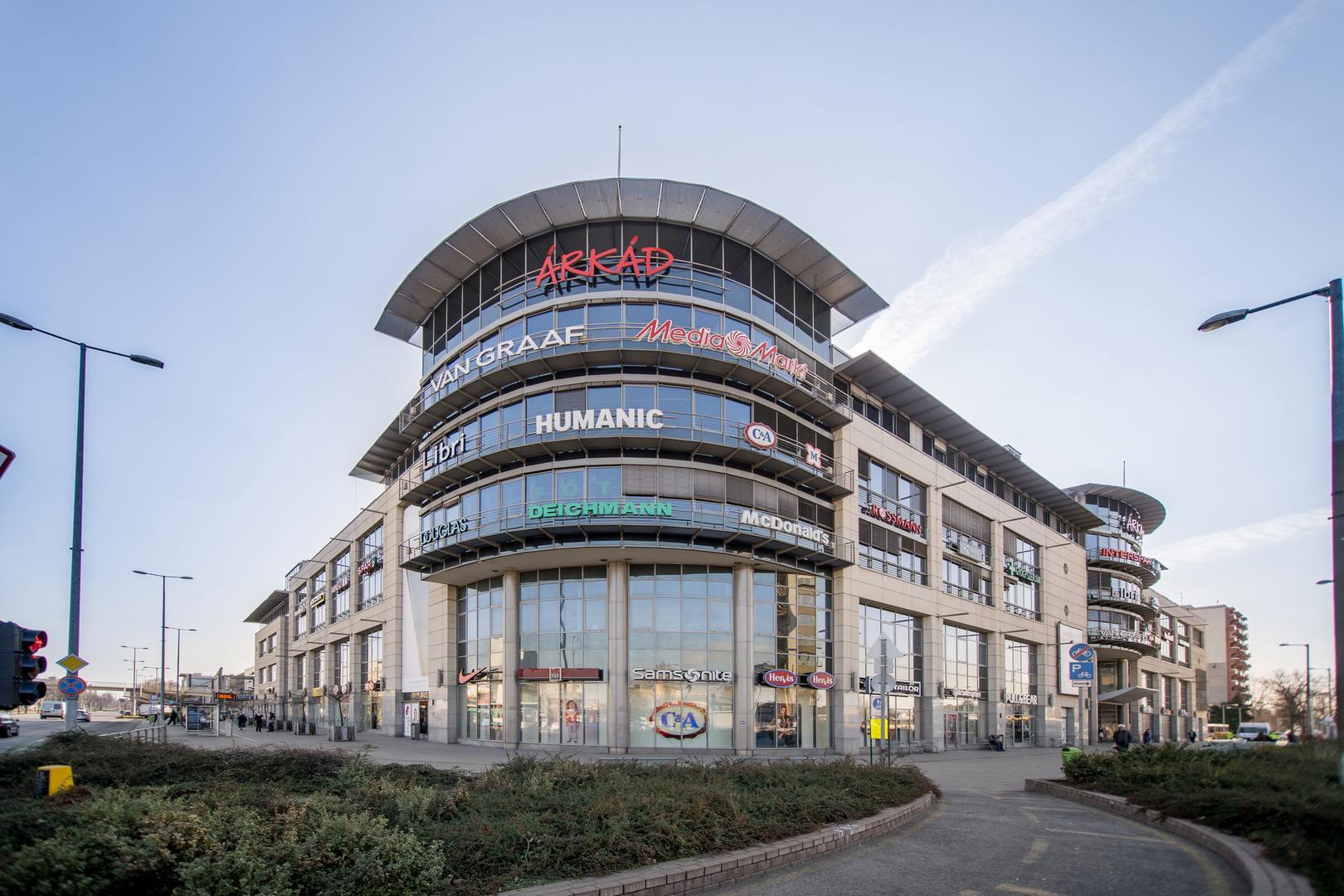 Árkád Bevásárlóközpont az Örs vezér téren